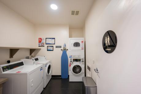 The Urban Hotel - Laundry Room
