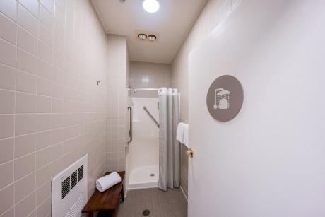 The Urban Hotel - Shower Room